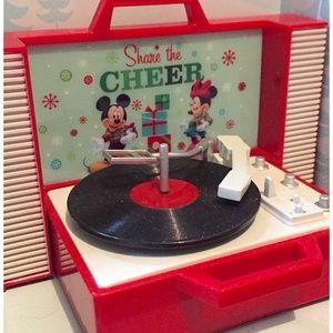 Collectible Disney 'Share The Cheer' Ornament NIB